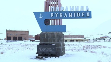 russia pyramiden outpost damon backstory lklv_00005415