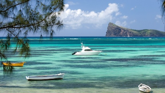 Mauritius has the highest wealth per capita in Africa, the fastest growing wealth per capita, and the fastest growing population of millionaires, according to a new report from the AfrAsia Bank.