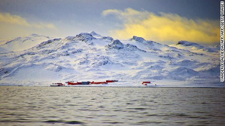 View of China's military base in the King George island, in Antarctica, on March 13, 2014.     AFP PHOTO / VANDERLEI ALMEIDA        (Photo credit should read VANDERLEI ALMEIDA/AFP/Getty Images)