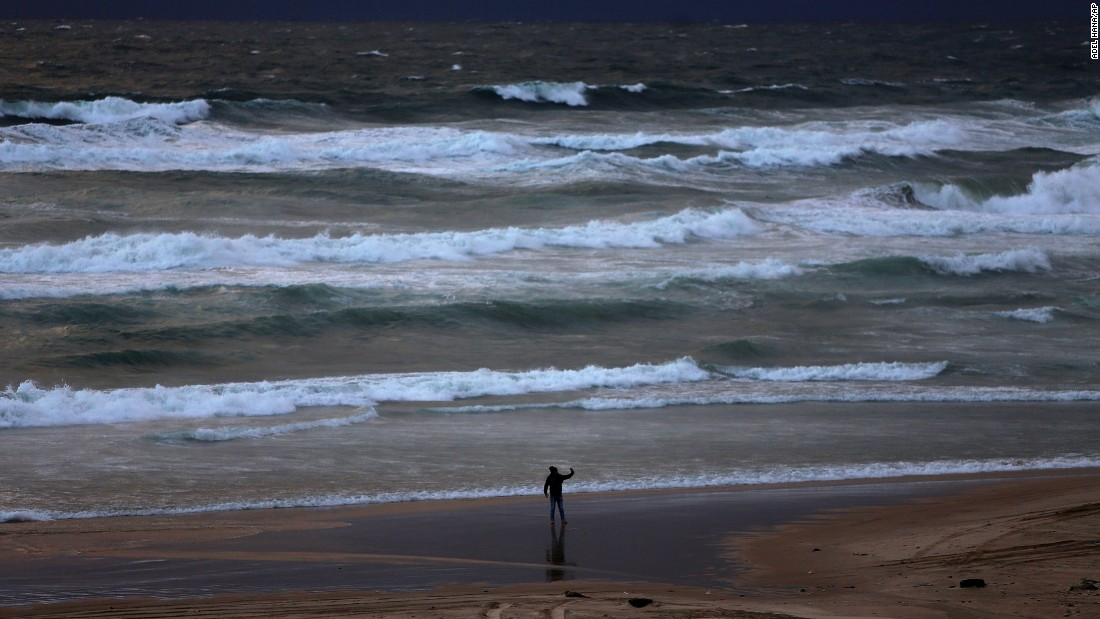 "A young Palestinian takes selfies along a beach in Gaza City on Sunday, January 24. <a href=""http://www.cnn.com/2016/01/20/living/gallery/look-at-me-selfies-0120/index.html"" target=""_blank"">See 20 selfies from last week</a>"