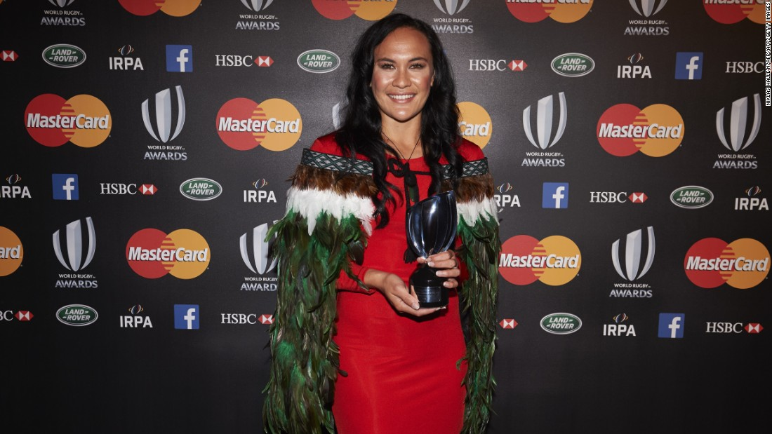 In November 2015, Woodman was named the world's top women's sevens player. She received her coveted prize the day after the men's All Blacks won the Rugby World Cup final at Twickenham.