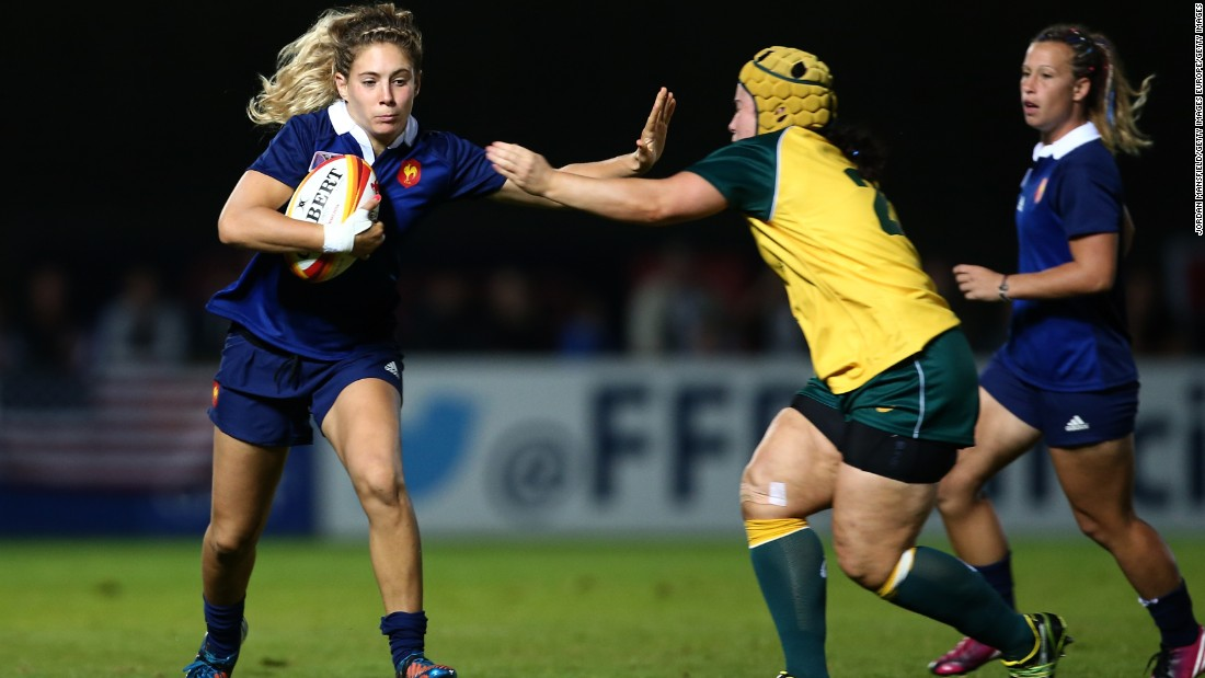 """She's a really tough cookie,"" Scarratt says of the 25-year-old, who played at the 15-a-side World Cup in 2014. ""She carries the ball really well, does the stuff that not everyone likes to do in sevens because it's a bit too gritty."""