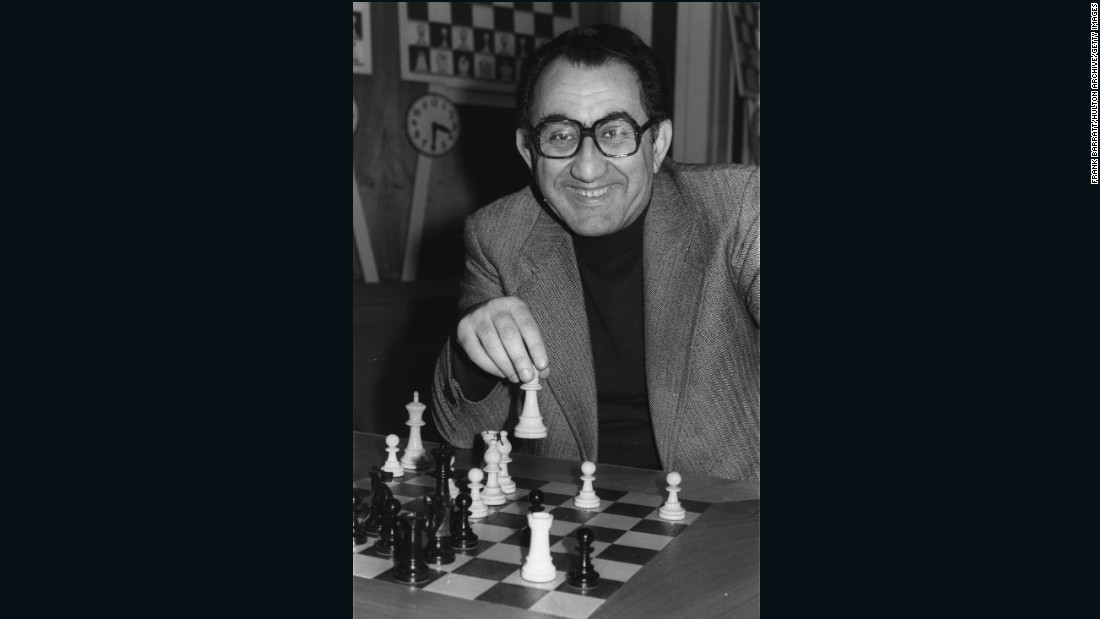 The moment Armenian Tigran Petrosian beat Soviet Mikhail Botvinnik to become 1963 World Chess Champion (a title he held until 1969), has been likened JFK's assassination in America -- everyone in Armenia remembers where they were at the time.