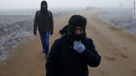Migrants head to Europe in the cold