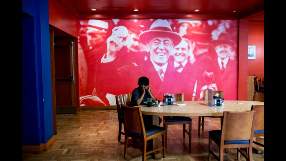 This floor-to-ceiling image of former President Woodrow Wilson will soon be removed frpm a Princeton dining hall in response to student protests.