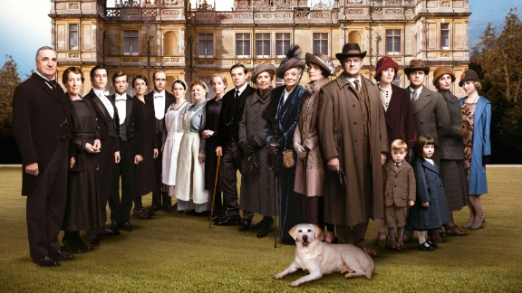 An image of the 'Downton Abbey' cast in Season 5 of the television series