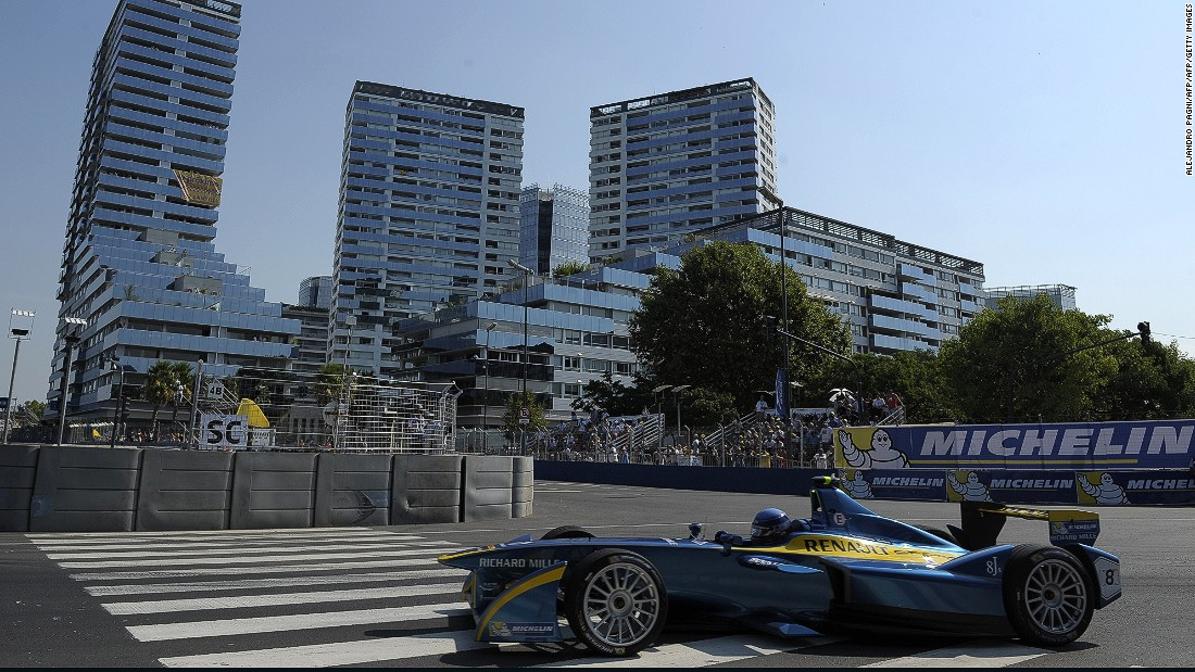 The #BAePrix is the fourth race of 11 in the 2015/2016 championship and runs through the streets of the Argentinian capital.
