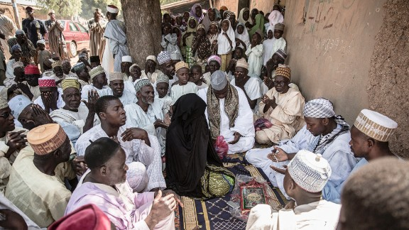 For good or bad, marriage is central to the themes of Hausa love literature. Novels range from didactic to fantasy, and will typically include phone numbers which readers use to contact the author for relationship advice.