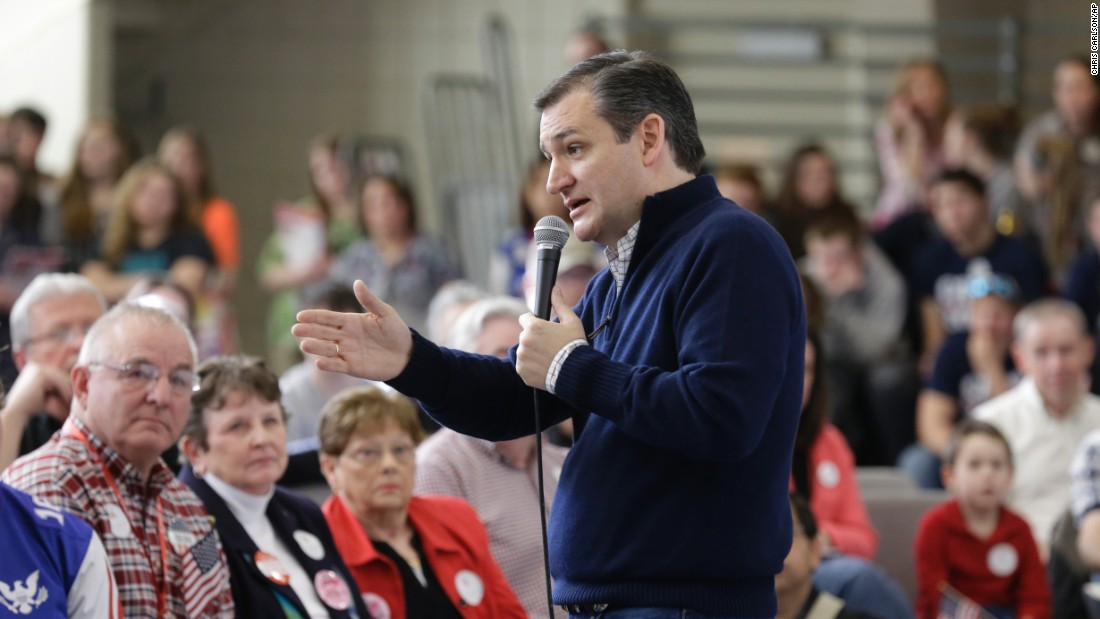 Cruz speaks earlier in the day at the Green County Community Center in Jefferson, Iowa.