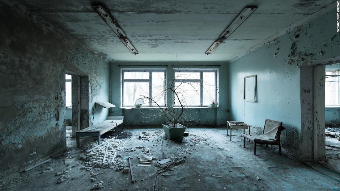 Photos of abandoned Soviet spaces cast an eerie beauty   CNN