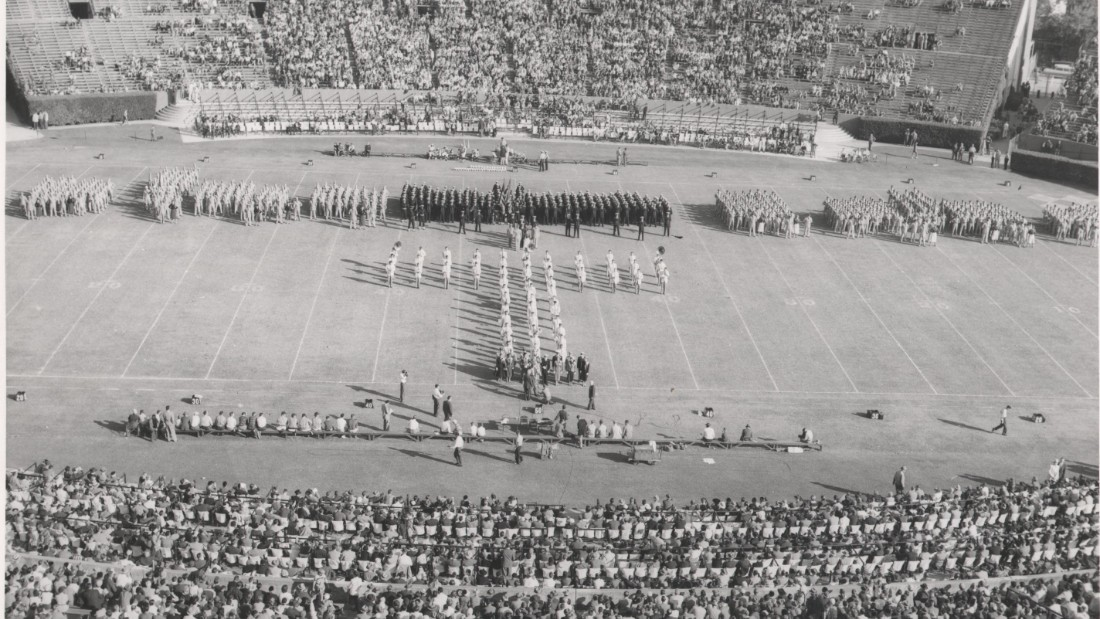 At this 1955 Homecoming Day game, Tulane Stadium held 80,735, one of the largest capacities in the country. After construction in 1926 it underwent four extensions in the next 50 years to accommodate the university's then-powerful football program as well as the annual Sugar Bowls it hosted.