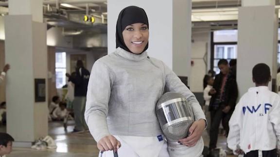 Ibtihaj Muhammad olympic fencer hijab orig mg_00010030.jpg
