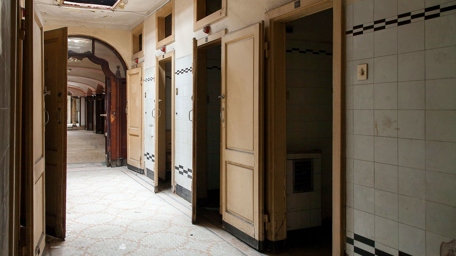 Inside milan s crumbling art deco day hotel cnn travel