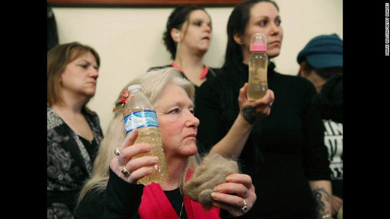 Did EPA try to keep Flint memo under wraps?