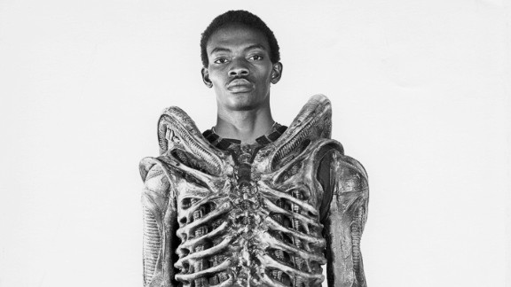 """Badejo returned to Nigeria where he opened an art gallery some years later. He died  from sickle cell disease in 1992. (Image: courtesy<a href=""""http://www.mikesibthorp.com/"""" target=""""_blank"""" target=""""_blank""""> Mike Sidthorp</a>.)"""