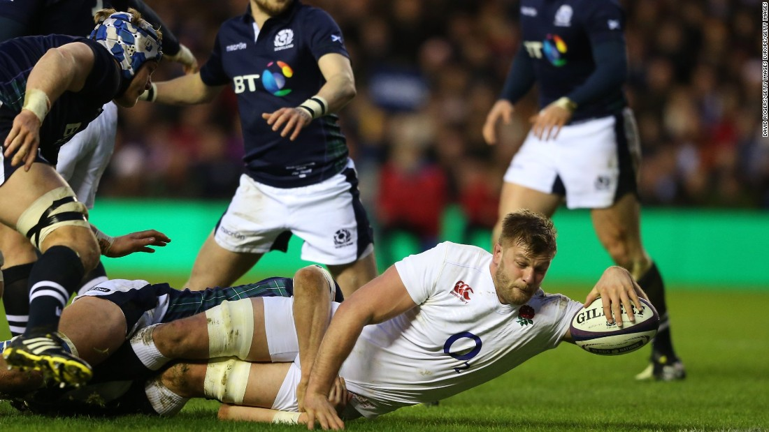 Lock George Kruis of England crashes over to score the opening try during the RBS Six Nations match between Scotland and England at Murrayfield Stadium on February 6, 2016 in Edinburgh, Scotland.