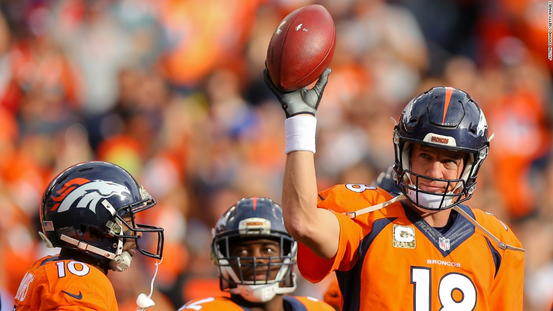 During a game in November, Manning acknowledges the Denver crowd after he set a new NFL record for career passing yards. Favre held the previous record (71,838).