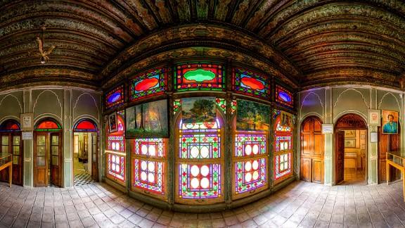 Built for Qajar era Shiraz dignitary Forough-Al-Mulk, this three-story building now houses a museum.
