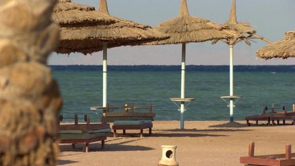 egypt sharm el sheikh tourism suffering lee pkg_00001007.jpg