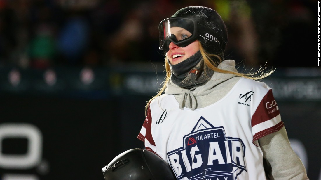 The unfamiliar surroundings of Fenway Park were no problem for Julia Marino who won the ladies snowboarding final Thursday.