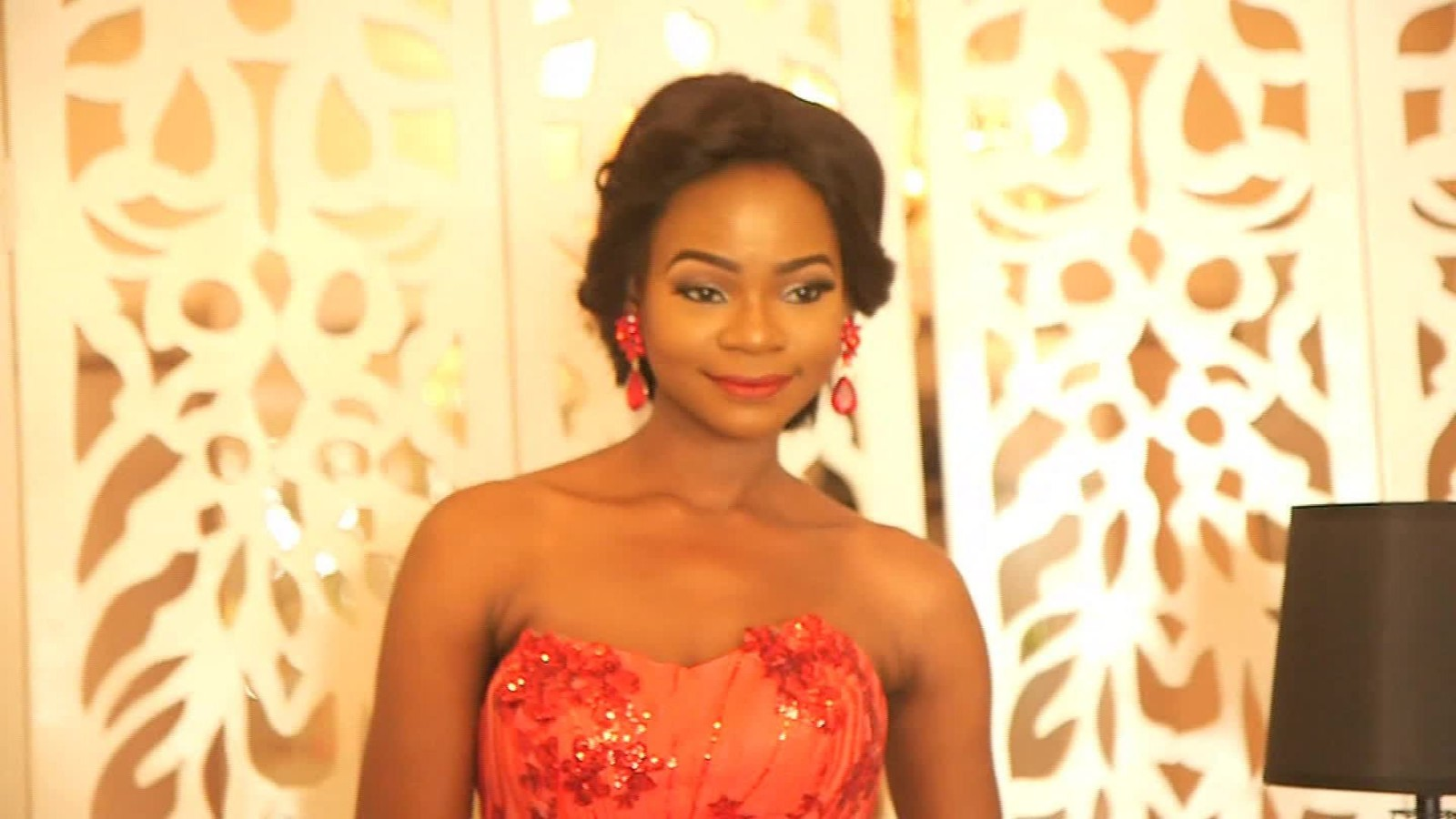 As a bread saleswoman in Nigeria, became a model