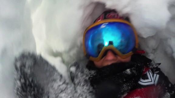 avalanche survival tips Grey orig_00000316.jpg