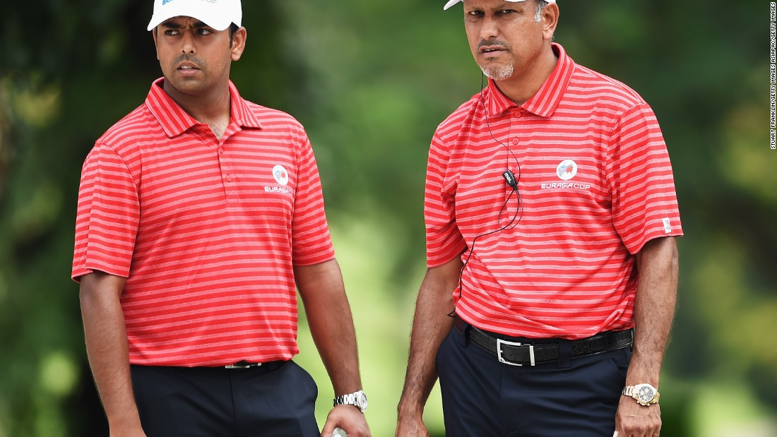 Jeev Milkha Singh (right) -- the first Indian to participate in the Masters -- has been a role model for Lahiri. Singh peaked at No. 29 in the world in 2009.