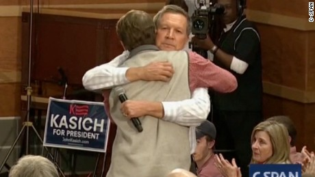 What John Kasich's hug tells us about his character