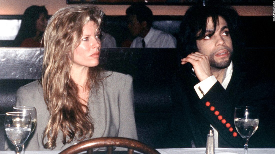 "<strong>Kim Basinger and Prince:</strong> The actress and the singer dated for a short time in 1989. In a 2015 interview with The Daily Beast, Basinger had this to say about The Purple One: ""He's a brilliant talent. ... I don't really have boundaries, so I enjoyed that time of my life. It was a really special moment in time, and I have great memories."""
