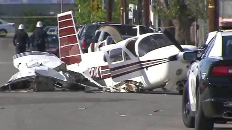 small plane street crash landing caught on camera pkg_00003927.jpg