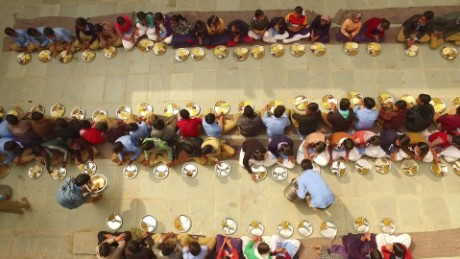 india world's largest school lunch cnn orig_00005213