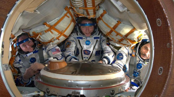 Well, this brings back distant memories. Seems like a year ago. Today's Sokol suit fit check. #YearInSpace