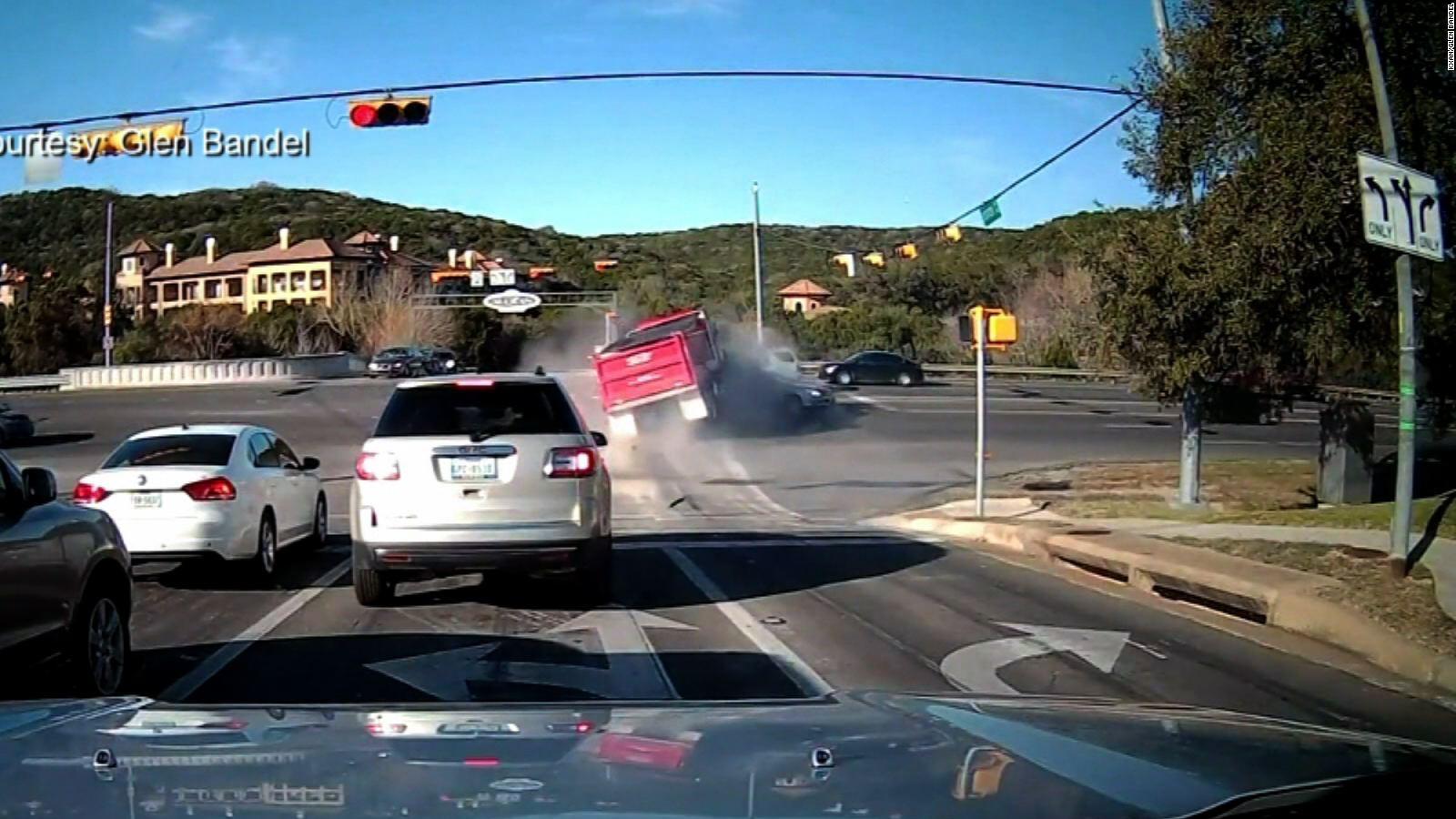 Terrifying dump truck crash caught on camera - CNN Video