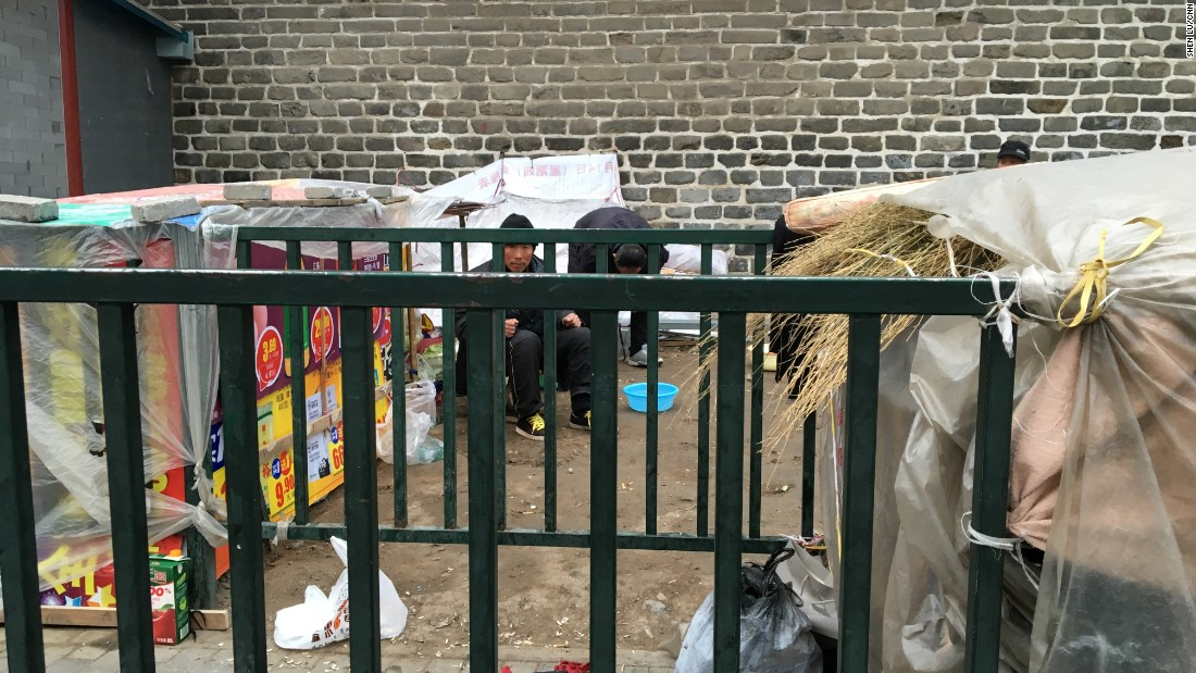 Several petitioners camp outside China's state petition office on February 11, 2016. A week later, when CNN visited the site, the shelter had disappeared.