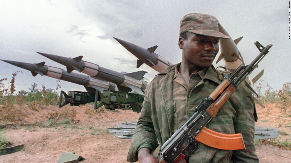 Angola's brutal 27-year civil war claimed over 500,000 civilian lives before ending in 2002. Now, guns and tanks from the war are being scrapped to kickstart a steel industry.
