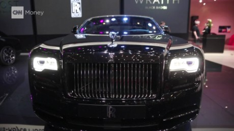 rolls royce black badge orig cnn_00003802.jpg
