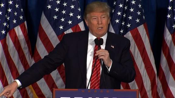 Donald Trump Mitt Romney 2012 endorsement_00000000.jpg