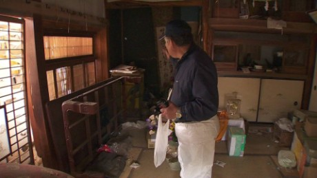 japan fukushima survivors ripley pkg_00012812