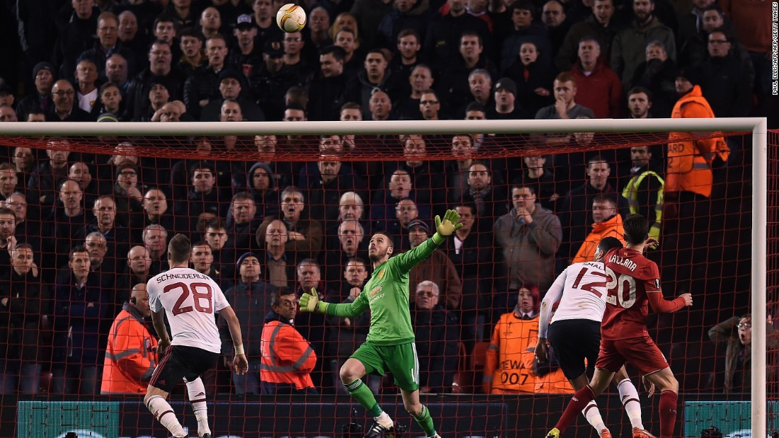 David de Gea was in sensational form once again for Manchester United. The Spanish goalkeeper kept the score respectable as Liverpool dominated the match.