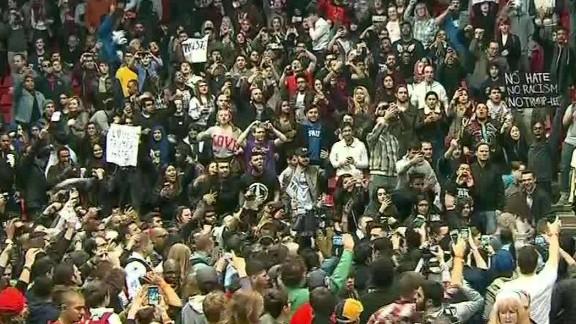 trump rally protest chaos erin acosta_00005212.jpg