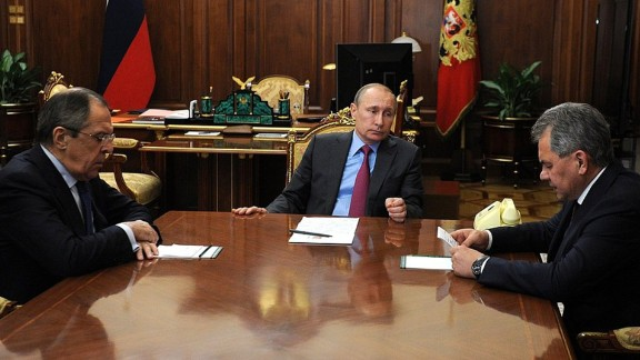 Vladimir Putin in a meeting with Russia Foreign Minister of Foreign Affairs Sergey Lavrov and Defense Minister Sergei Shoig on Monday over Russian forces to begin withdrawing from Syria.