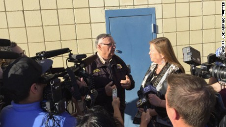 Jane Sanders tours 'Tent City' jail with Sheriff Joe Arpaio