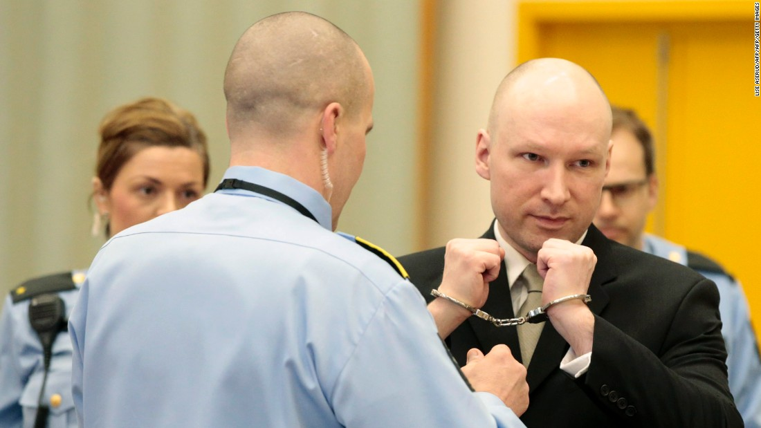 Norway mass killer Anders Breivik compares himself to Mandela in court