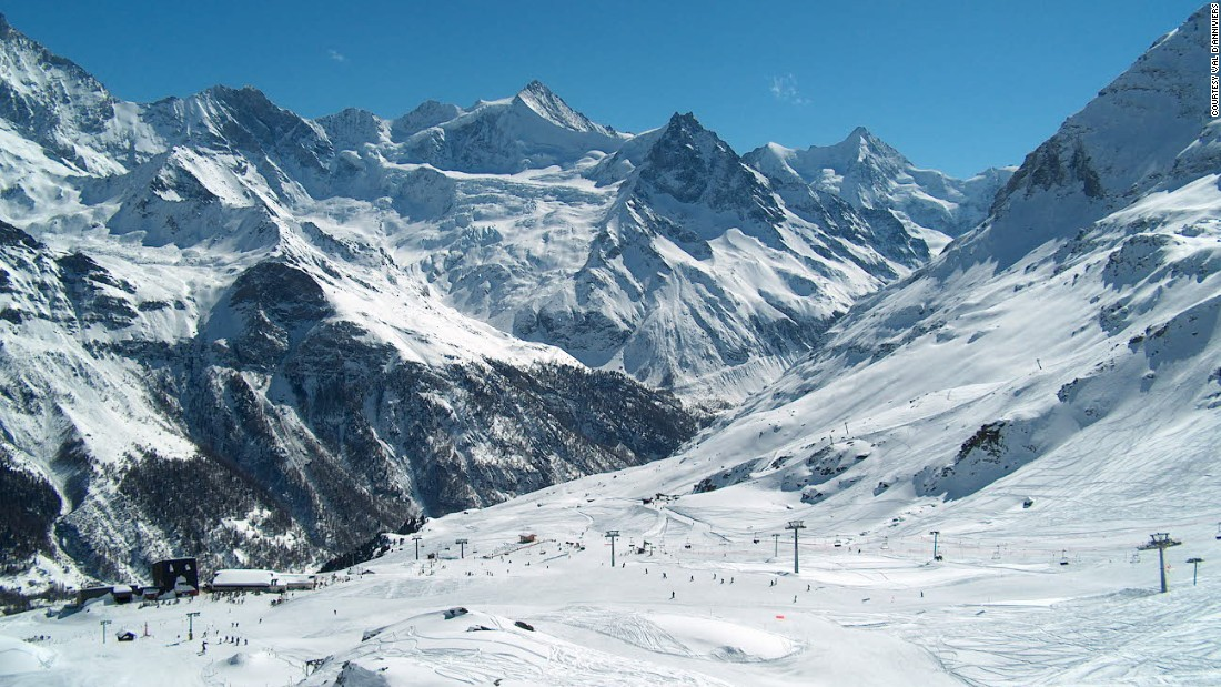 Home to five small unspoilt resorts, the Val d'Anniviers area is gaining recognition thanks to the recent cable car link between the two biggest, Grimentz and Zinal.