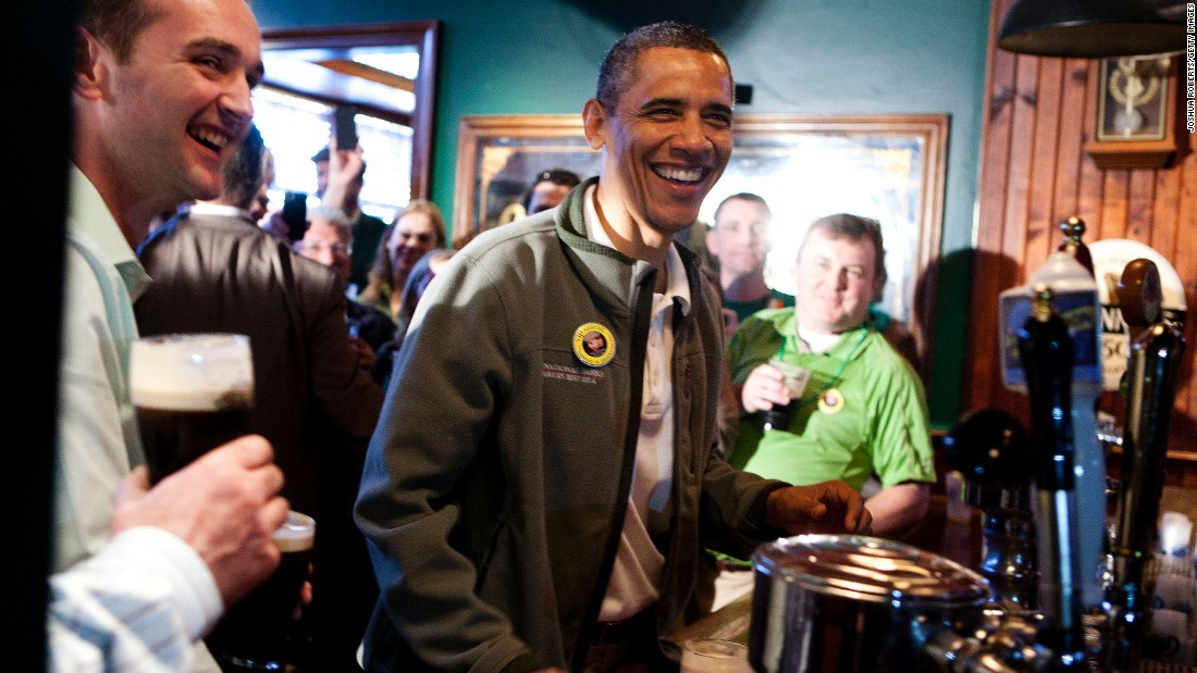 Obama visits the Dubliner Restaurant and Pub in celebration of St. Patrick's day on March 17, 2012 in Washington, D.C.