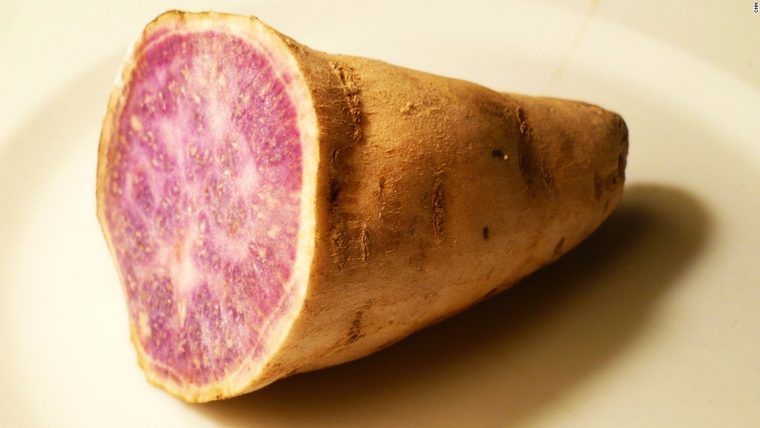 The purple flesh of the taro root is also rich in antioxidants.