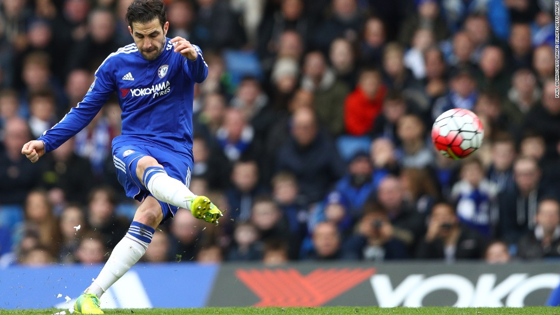 Cesc Fabregas of Chelsea scored both his team's goals in a 2-2 home draw to West Ham. Fabregas had been one of the most vilified players under Mourinho, but has stepped up his play considerably since the departure of the Portuguese manager.
