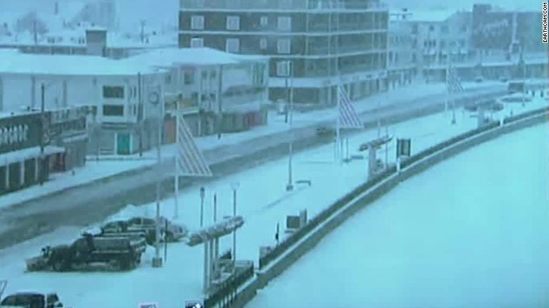 Snow slams Northeast during first week of spring