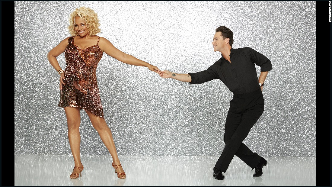 "Actress Kim Fields, was paired with pro dancer Sasha Farber, starred in ""Facts of Life"" as a child and ""Living Single"" as a young adult and currently stars on ""The Real Housewives of Atlanta."" They were eliminated in week 7."