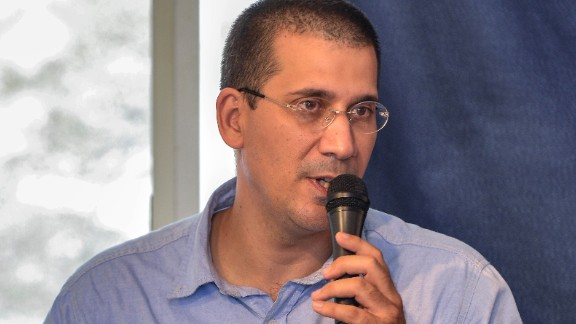 Cuban dissident Antonio Rodiles says he was detained for six hours on Monday